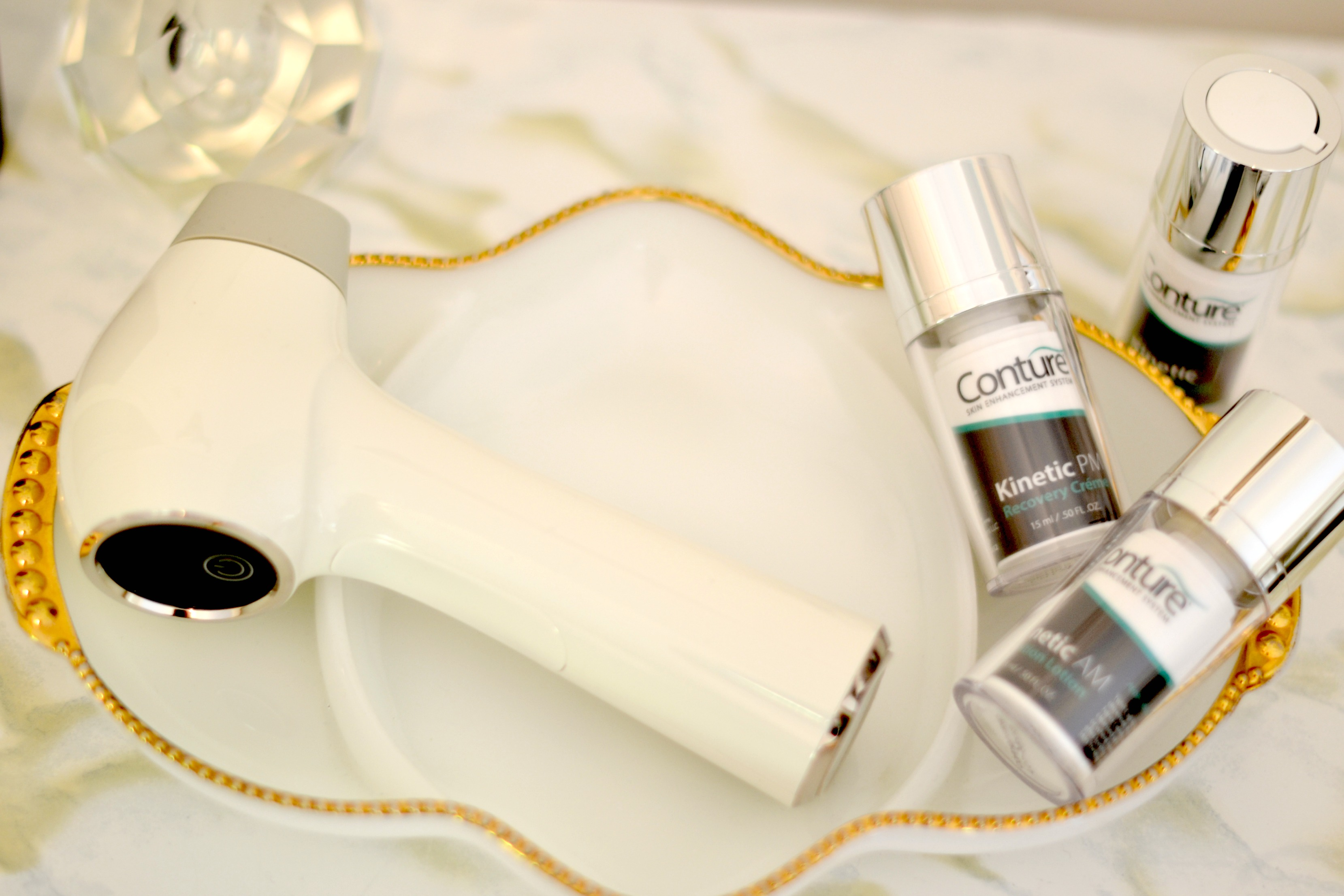The Conture System To Get Glowing Skin At Home